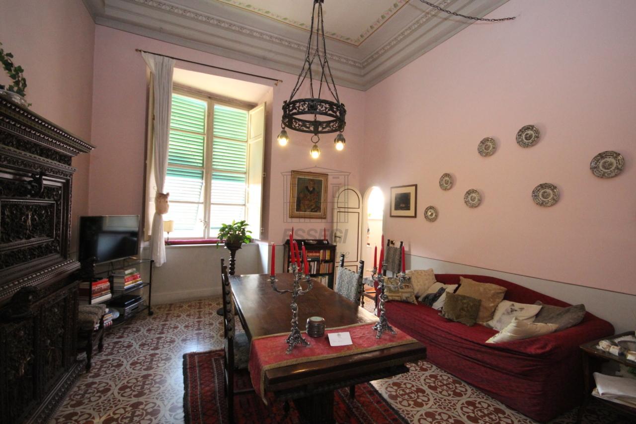 Appartamento Lucca Centro storico IA01268 img 8
