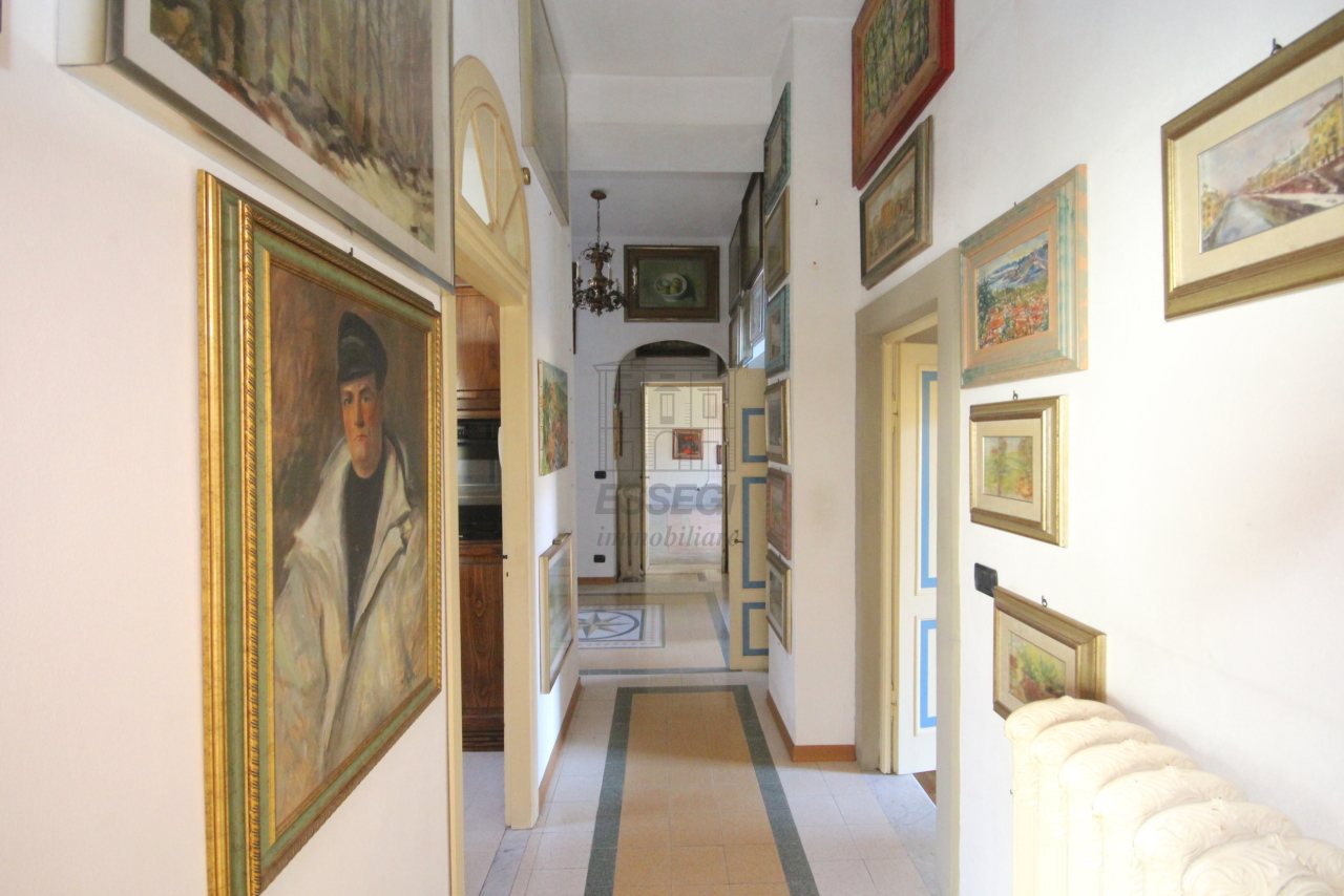 Appartamento Lucca Centro storico IA03358 img 21