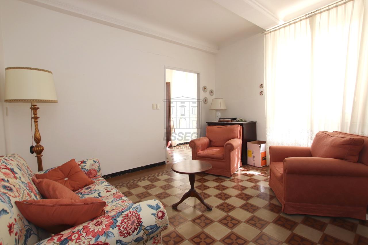 Appartamento Lucca Centro storico IA03499 img 4