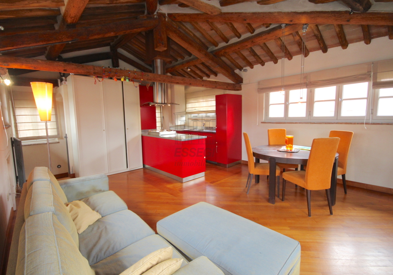 Appartamento Lucca Centro storico IA02935 img 5