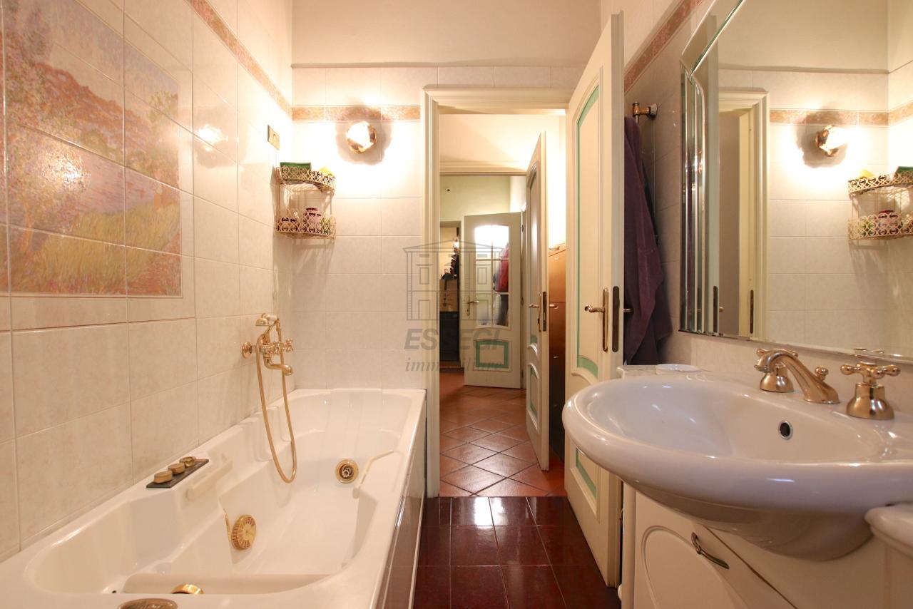 Appartamento Lucca Centro storico IA00362 img 18
