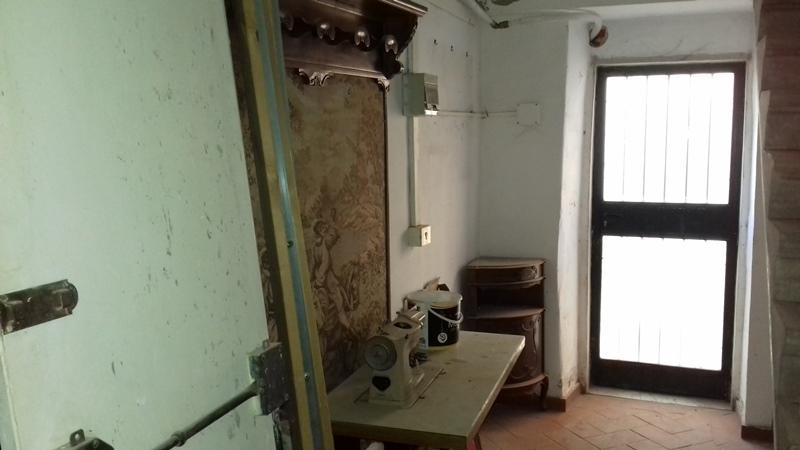 Appartamento in discrete condizioni in vendita Rif. 11072737