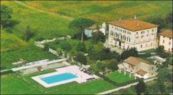 Villa in Vendita a Lucca, 1800 m²