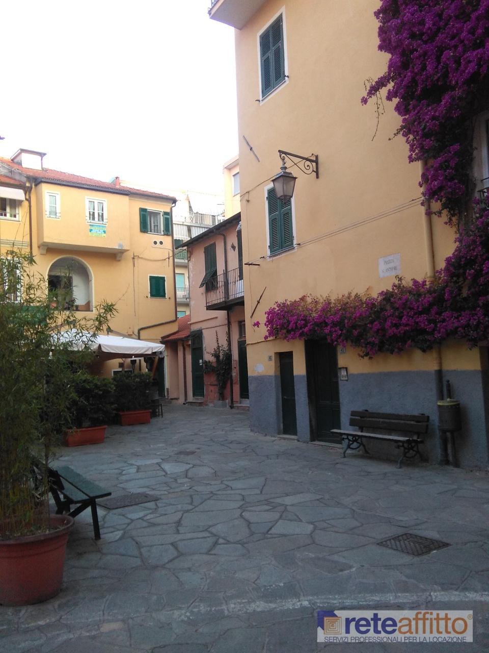 Appartamento in vendita a Porto Maurizio, Imperia (IM)