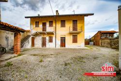 Soluzione Semi Indipendente in Vendita a Briona, 50'000€, 125 m²