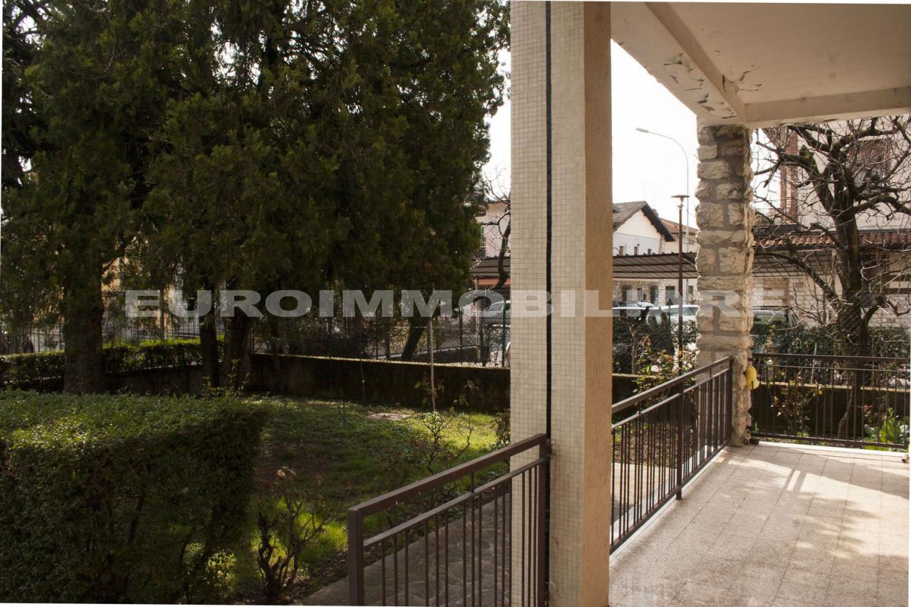 Villa in vendita a Rodengo-Saiano, 3 locali, prezzo € 265.000 | CambioCasa.it