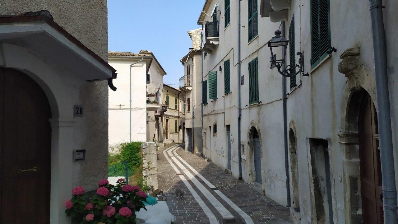 Appartamento in vendita a Caramanico Terme, 3 locali, prezzo € 35.000 | PortaleAgenzieImmobiliari.it
