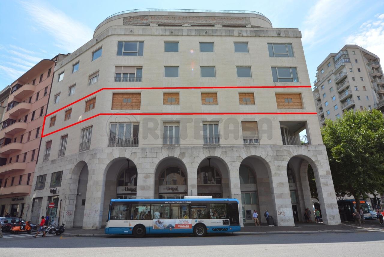 Direzionale - Uffici a Trieste