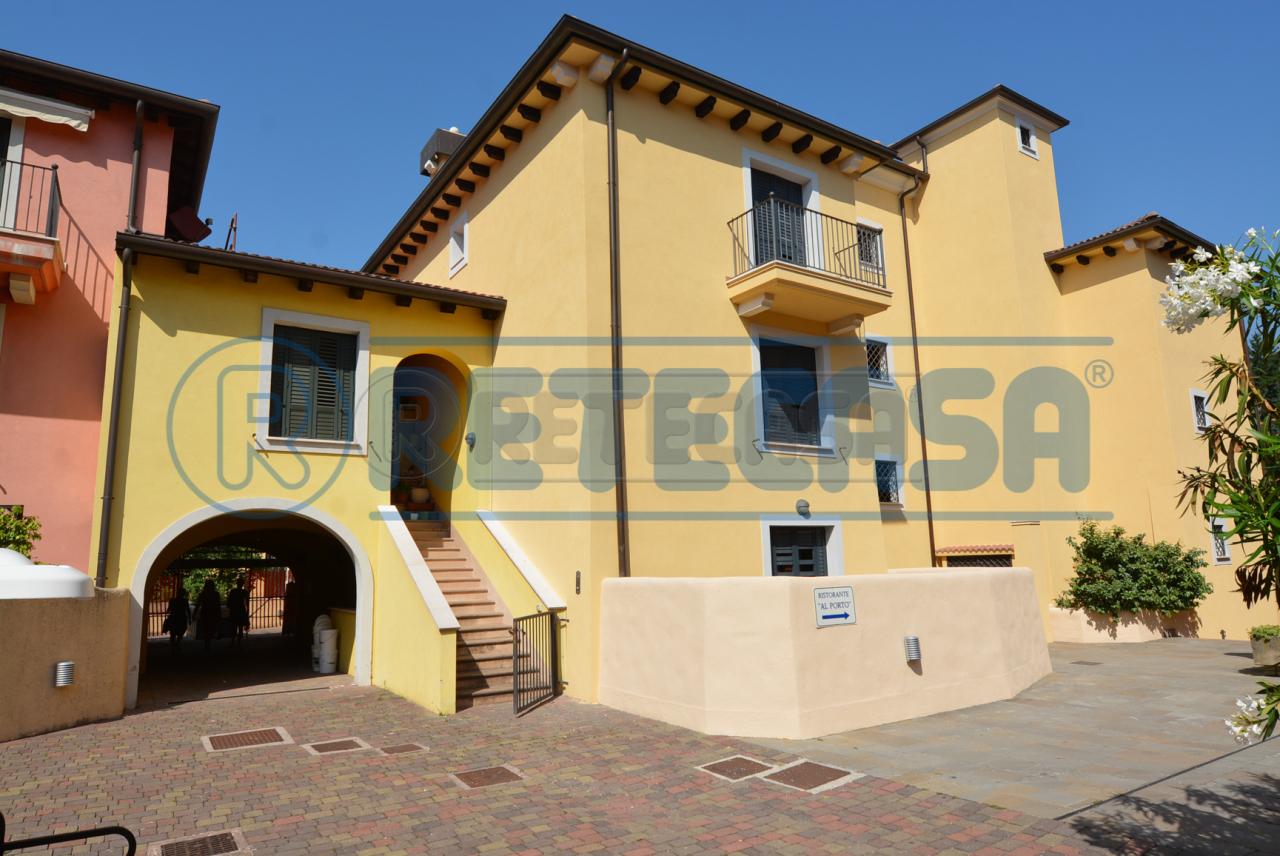 Appartamento in vendita Rif. 7092050