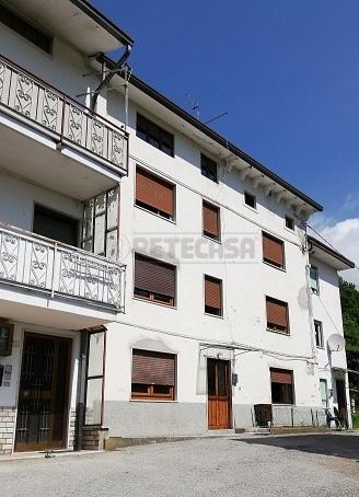 Casa Indipendente in discrete condizioni in vendita Rif. 10570608