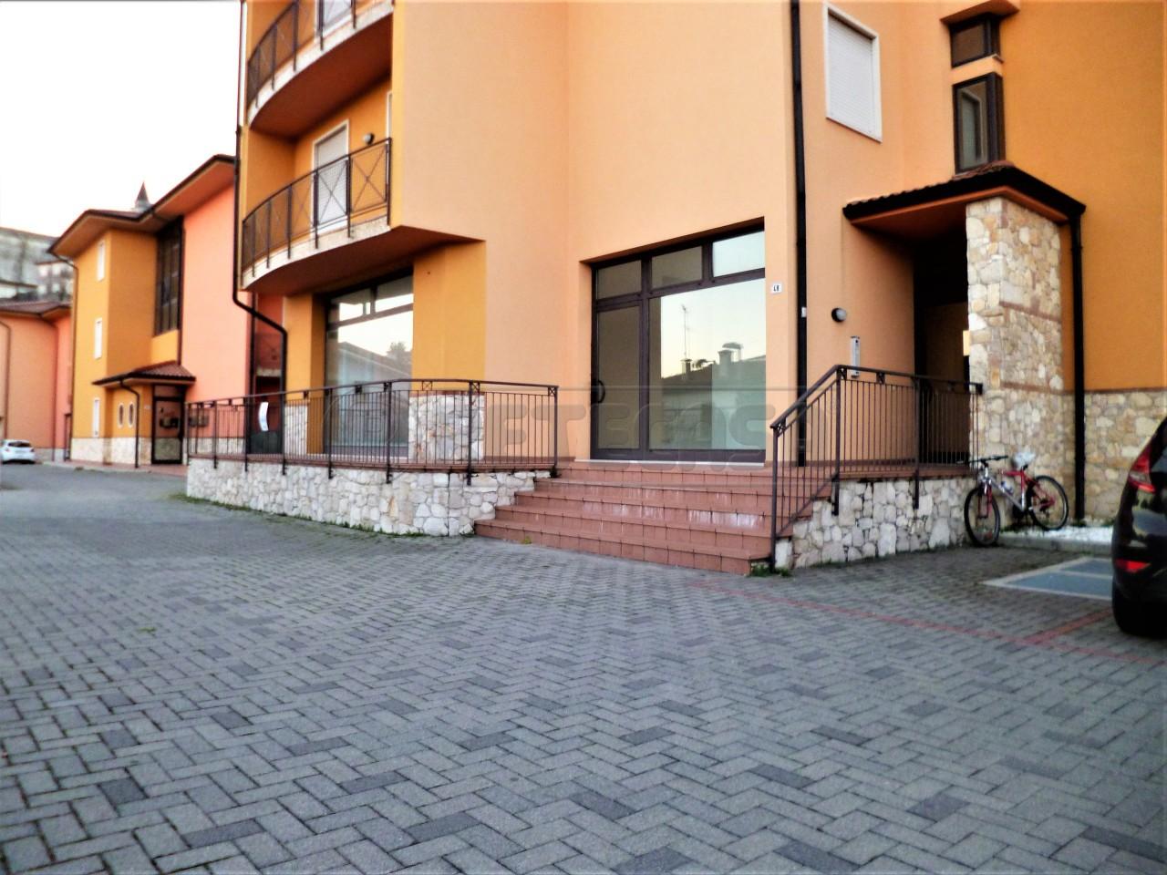 Negozio / Locale in vendita a Zermeghedo, 3 locali, prezzo € 100.000 | CambioCasa.it