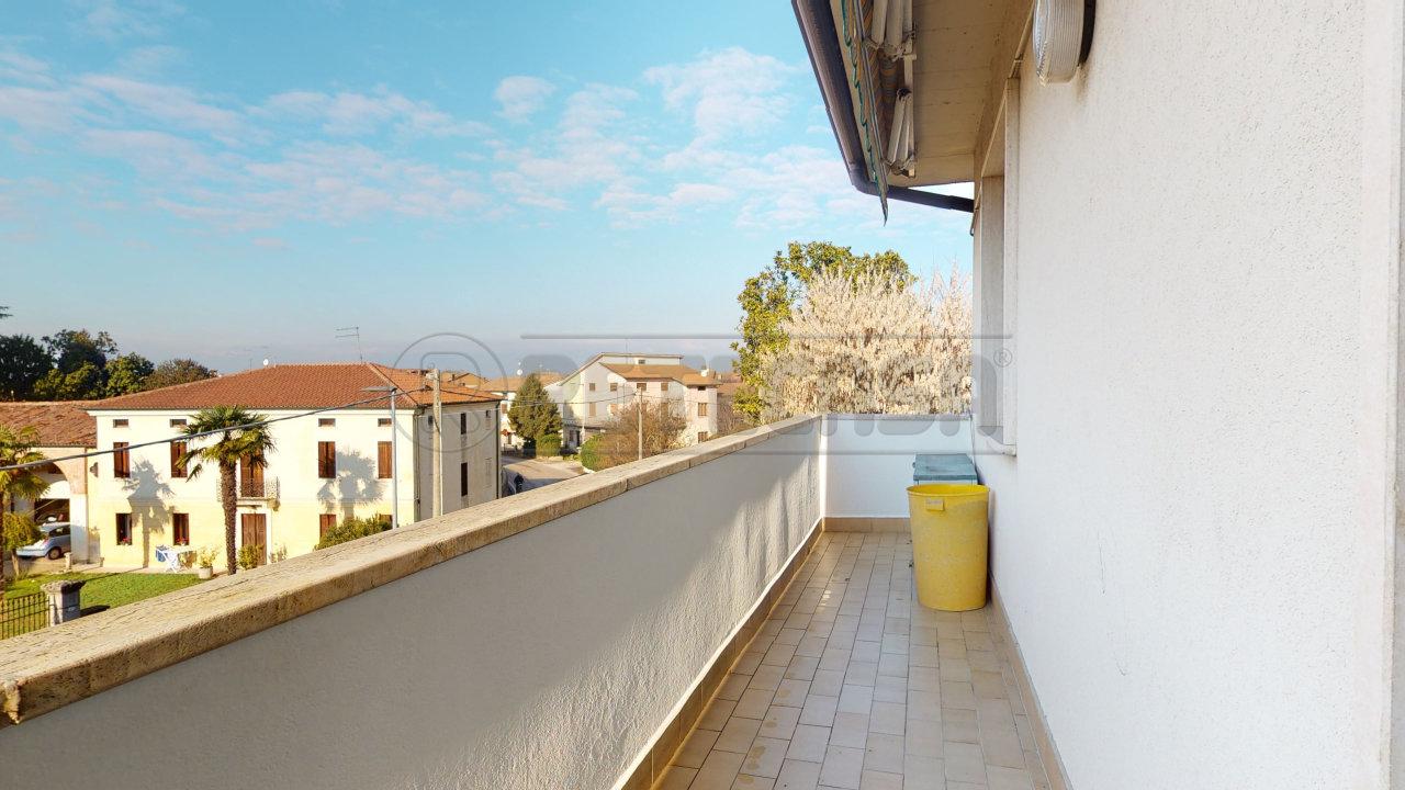 Appartamento in vendita a San Pietro in Gu, 5 locali, prezzo € 70.000 | CambioCasa.it
