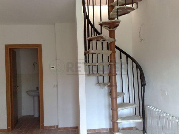 Appartamento in vendita a Monticiano, 1 locali, prezzo € 140.000   CambioCasa.it