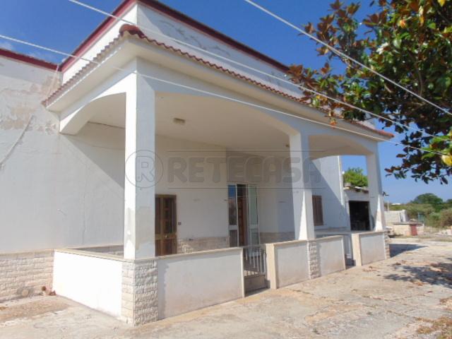 Villetta a schiera in discrete condizioni in vendita Rif. 7000732