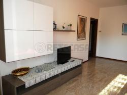 Quadrilocale in Vendita a Seriate, 135'000€, 105 m², con Box