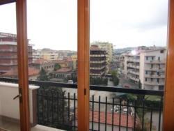 Quadrilocale in Affitto a Pescara, 800€, 130 m², arredato