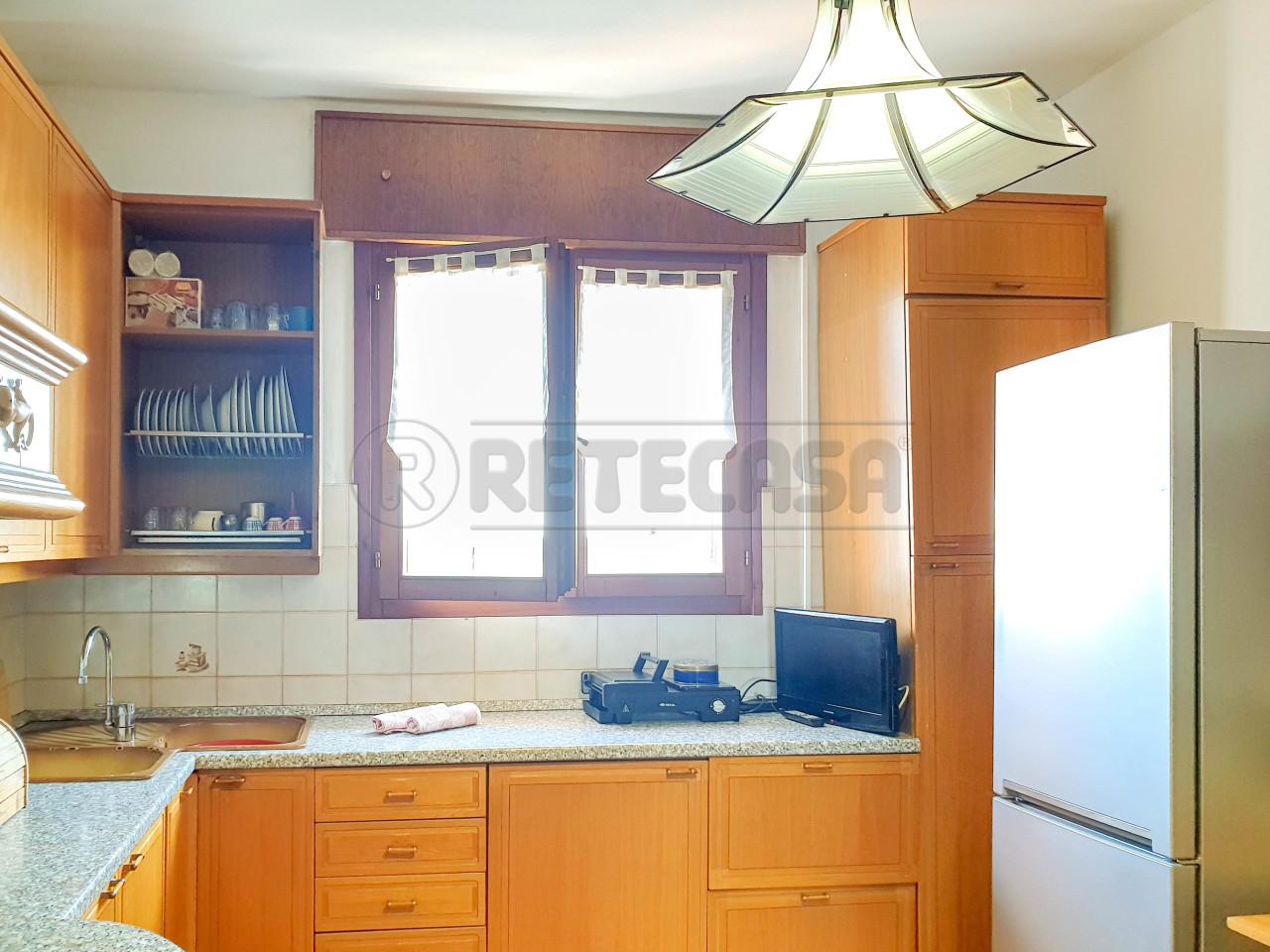 Appartamento in vendita a Vicenza, 6 locali, prezzo € 92.000 | PortaleAgenzieImmobiliari.it