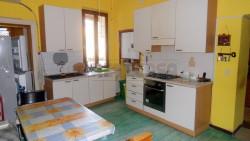 Quadrilocale in Vendita a Mantova, zona Centro Storico, 85'000€, 100 m²