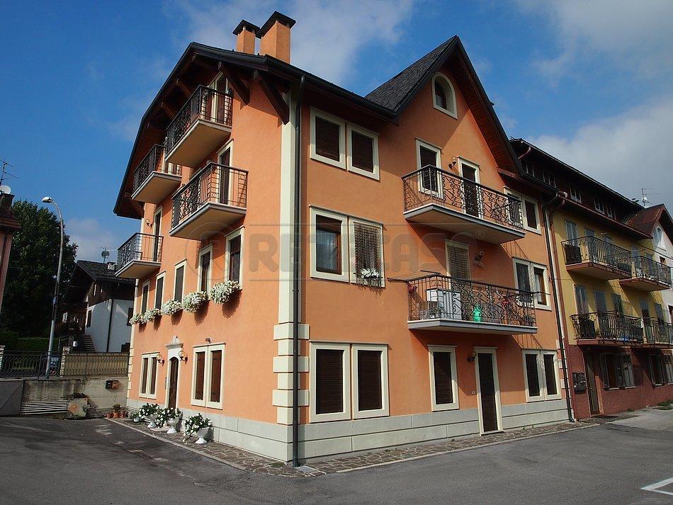 Appartamento in vendita a Asiago, 4 locali, prezzo € 189.000   CambioCasa.it
