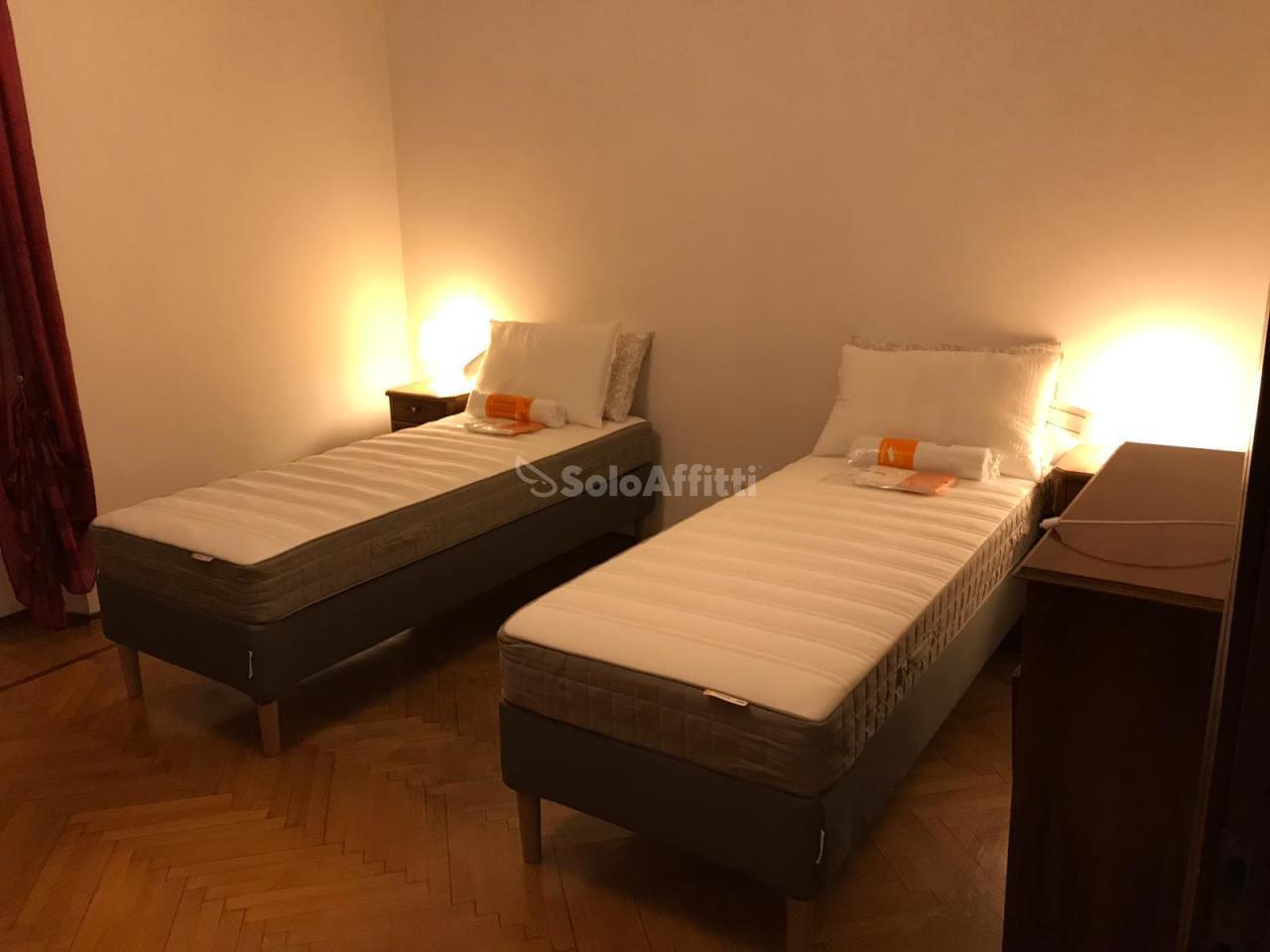 Bilocale in buone condizioni arredato in affitto Rif. 9871312