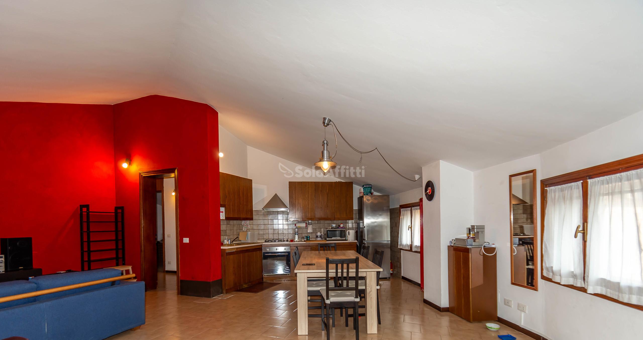 Appartamento Bilocale 6 vani 140 mq.