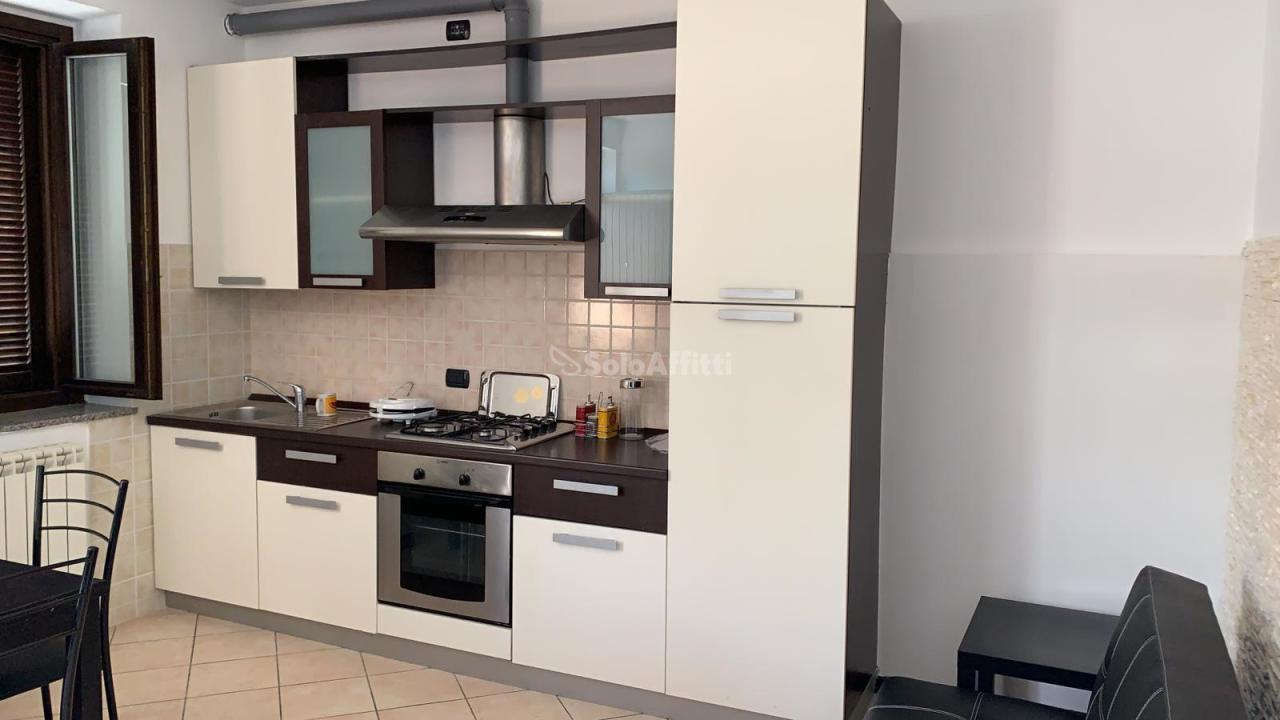Appartamento in affitto a Cassano Magnago, 2 locali, prezzo € 500 | PortaleAgenzieImmobiliari.it