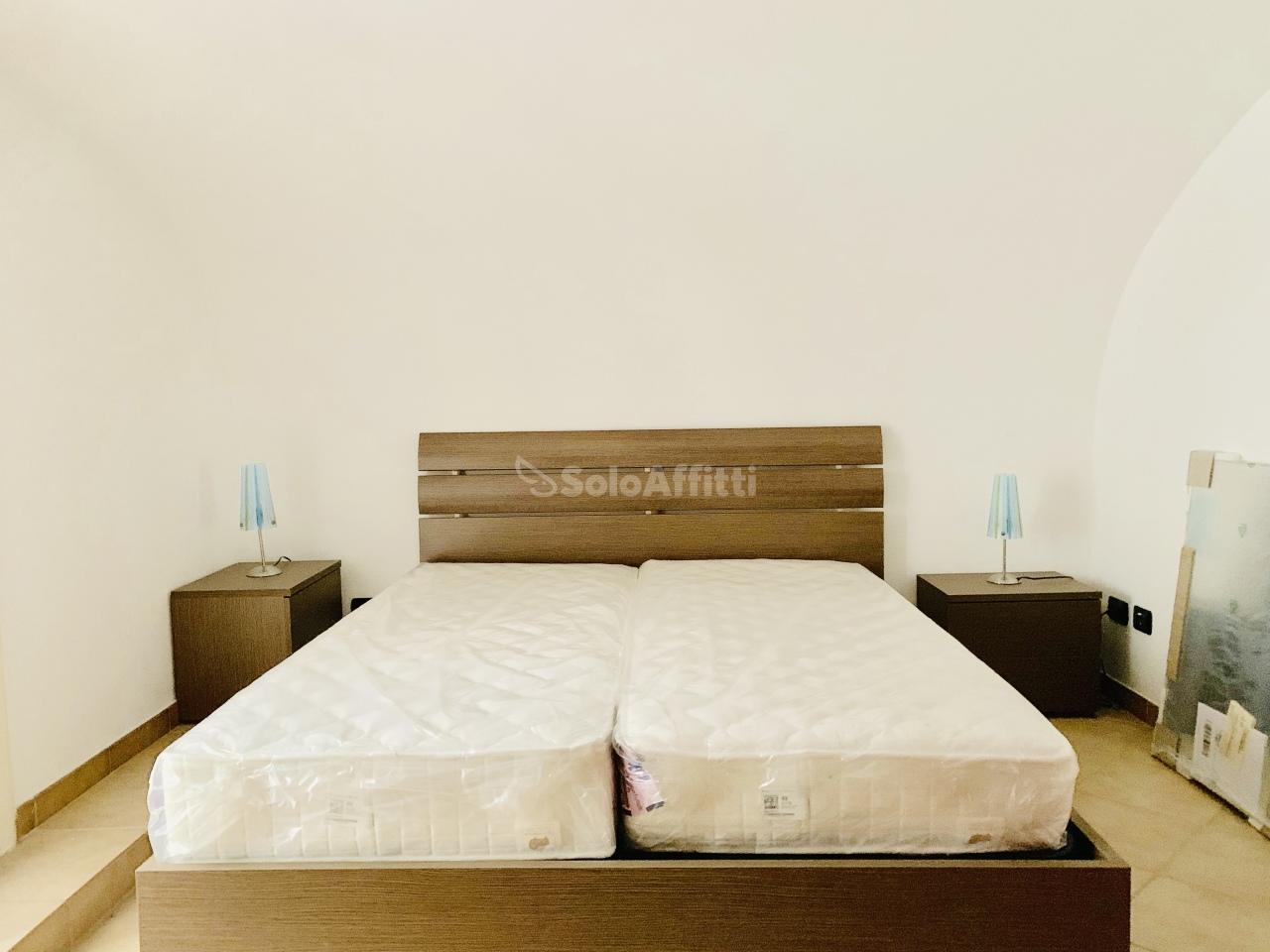 Monolocale in ottime condizioni arredato in affitto Rif. 10165071