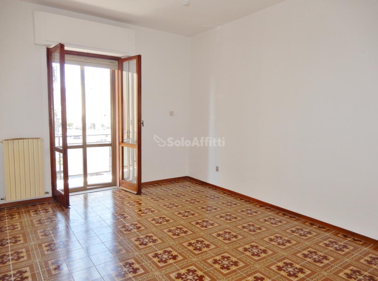 Appartamento - Quadrilocale a Rione De Filippis, Catanzaro