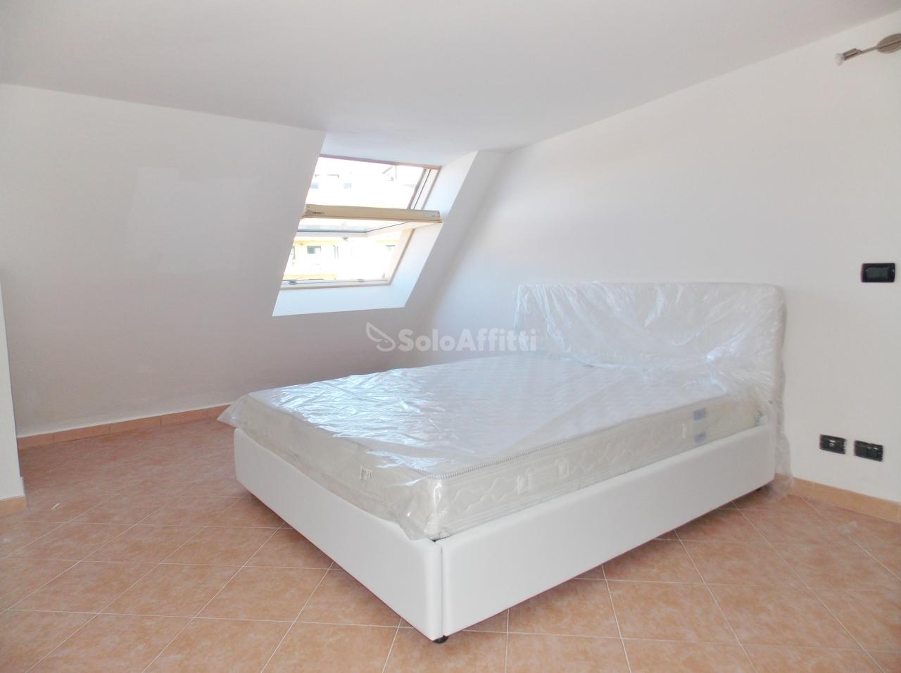 Bilocale in buone condizioni arredato in affitto Rif. 8858967