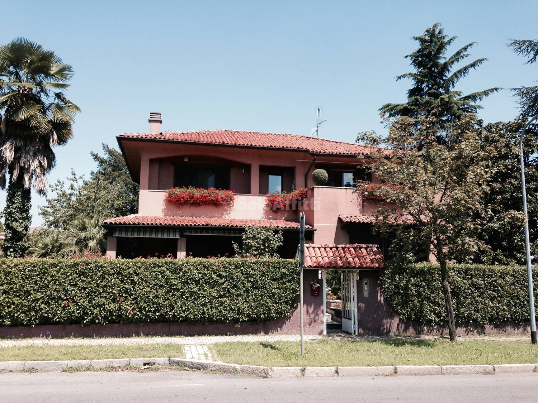 Villa Singola Arredato 13 vani