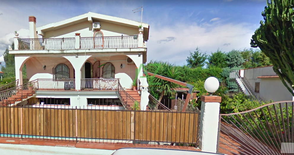 Villa in vendita Rif. 9811240