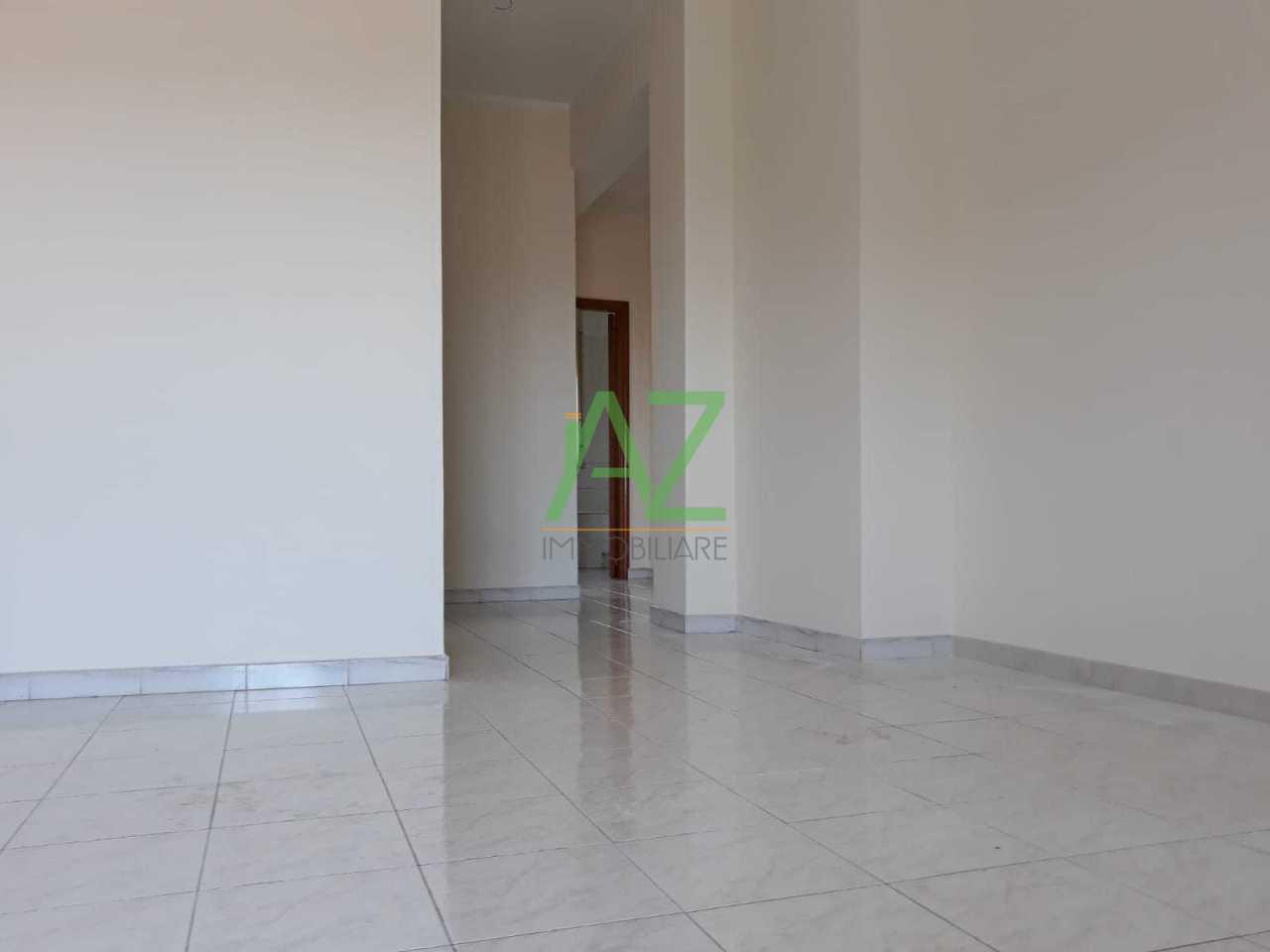 Appartamento in buone condizioni in affitto Rif. 6930600