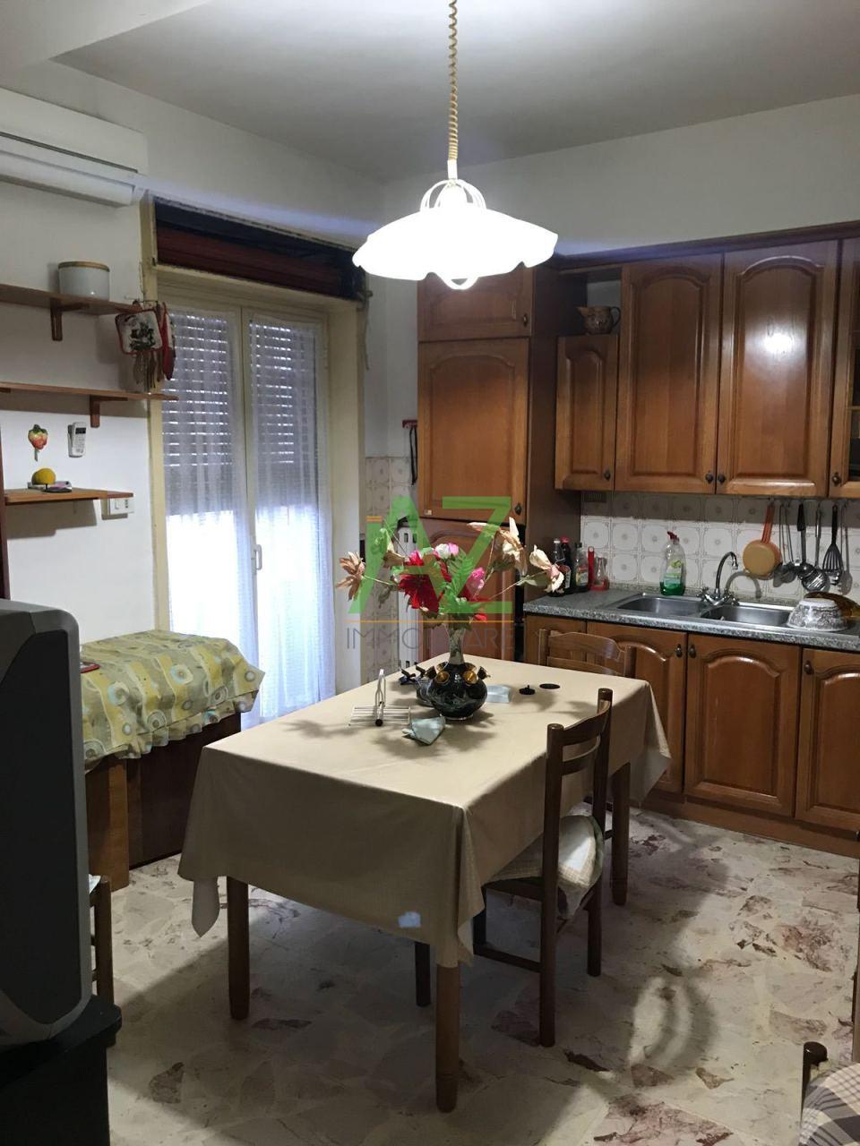 Appartamento in buone condizioni in affitto Rif. 5507644
