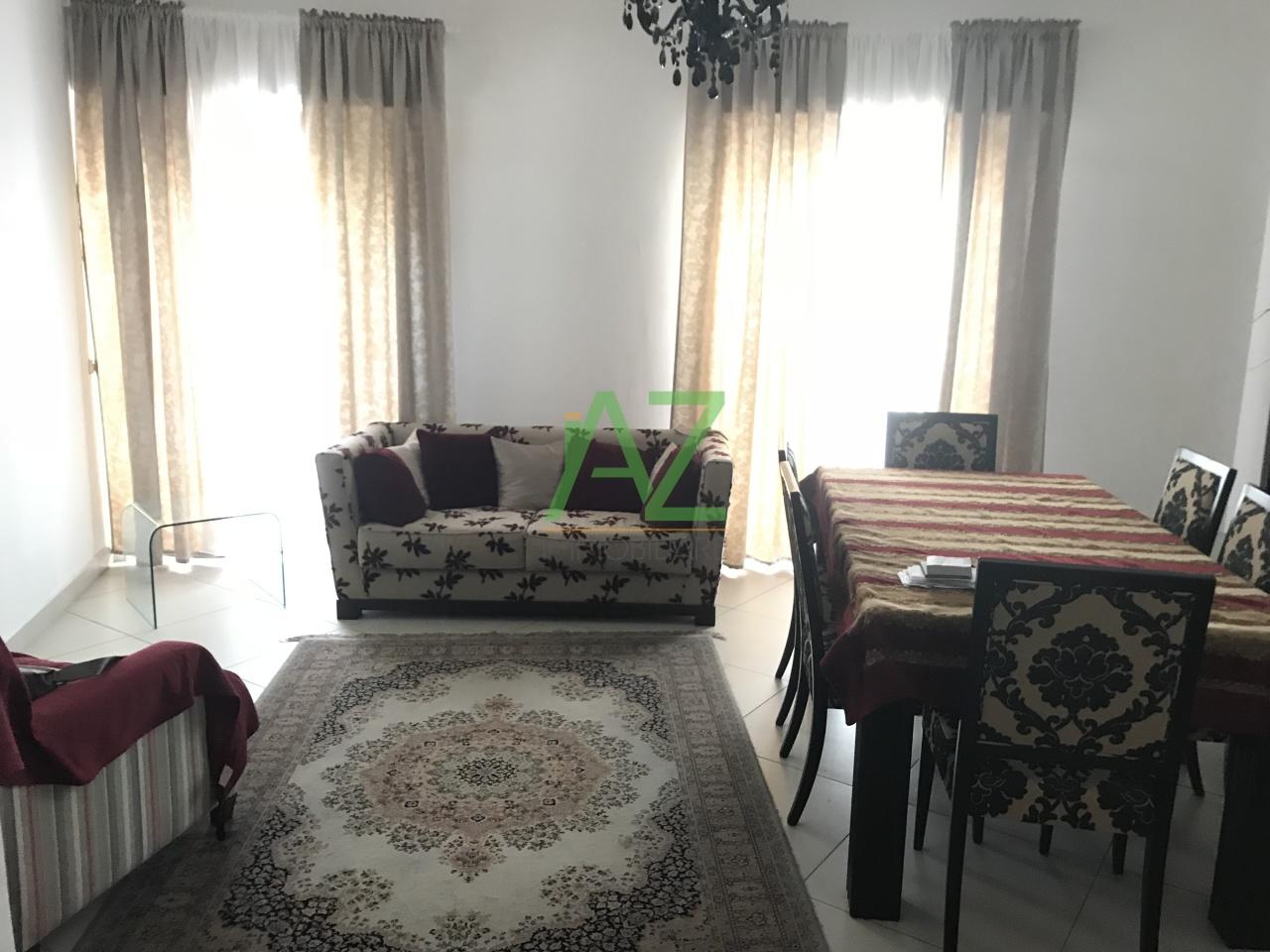 Appartamento in buone condizioni in affitto Rif. 6824225