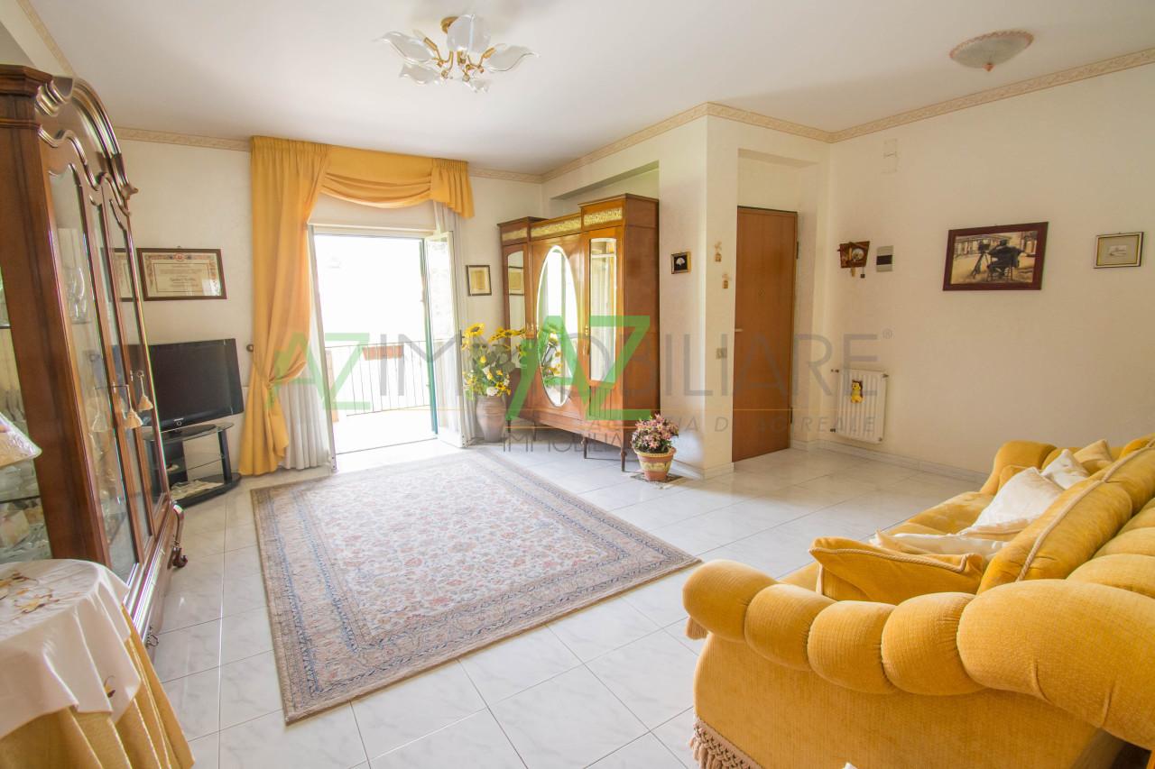 Appartamento in buone condizioni in vendita Rif. 7333268