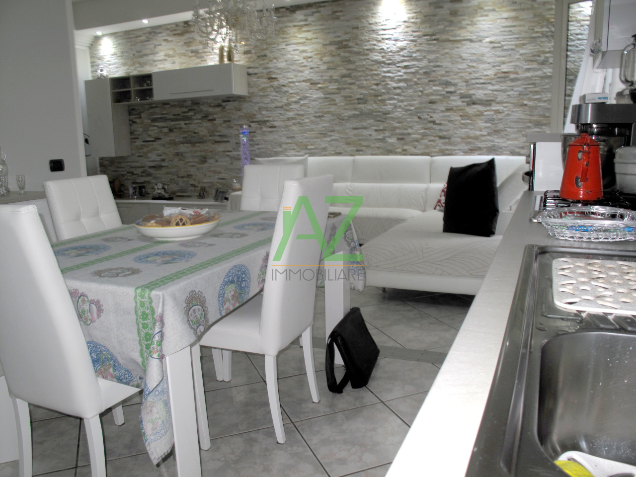 Appartamento in ottime condizioni in vendita Rif. 4148596