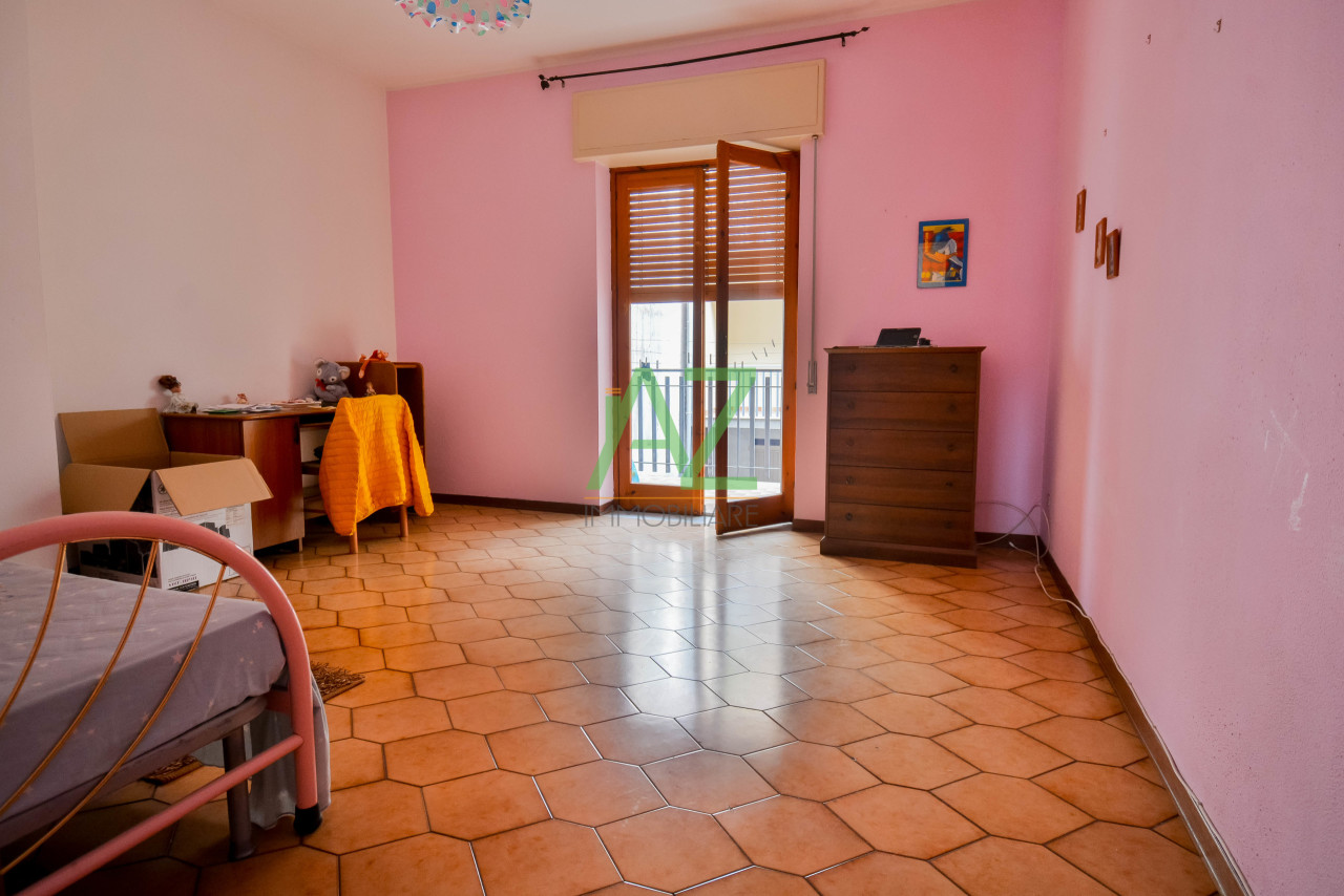 Appartamento in buone condizioni in vendita Rif. 10262932