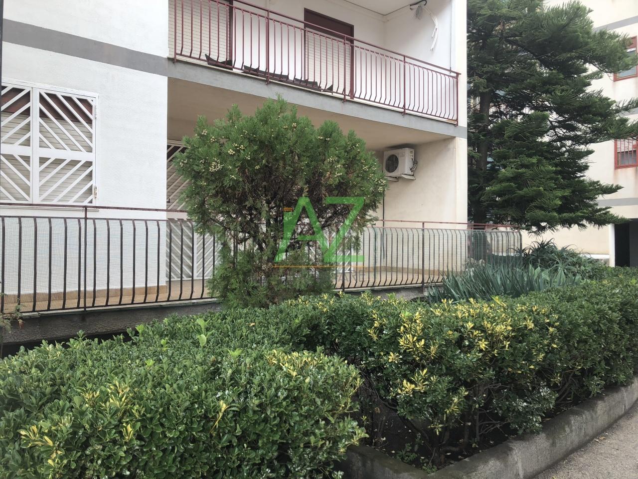 Appartamento da ristrutturare in vendita Rif. 10979939