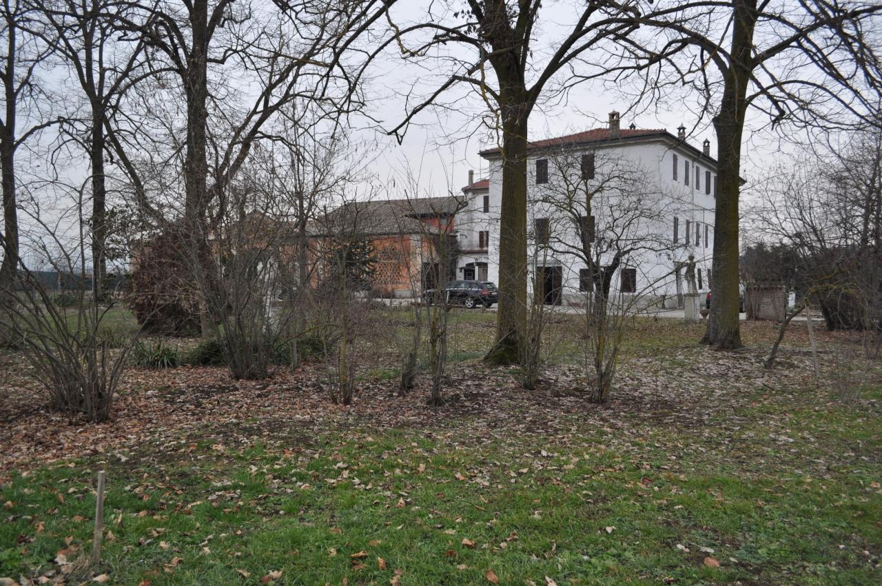 Porzione di casa in vendita Rif. 10040525