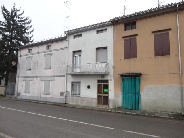 Casa Indipendente in buone condizioni in vendita Rif. 4142606