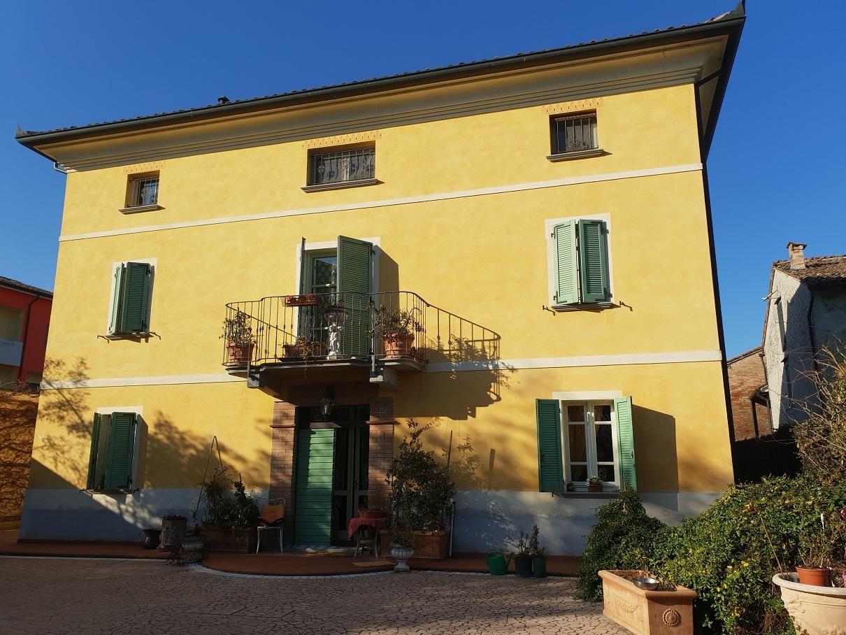 Villa in ottime condizioni in affitto Rif. 12143067