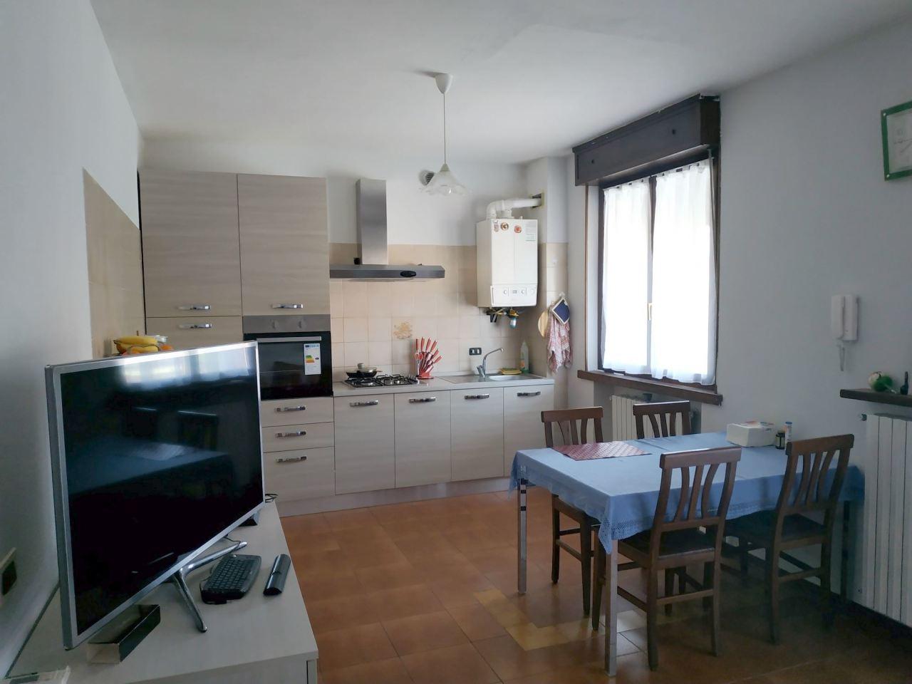 Villetta a schiera in buone condizioni in vendita Rif. 10040523
