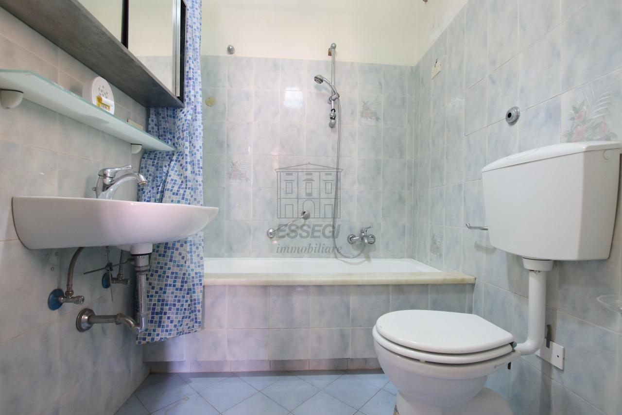 Appartamento Lucca Centro storico IA01764 img 21