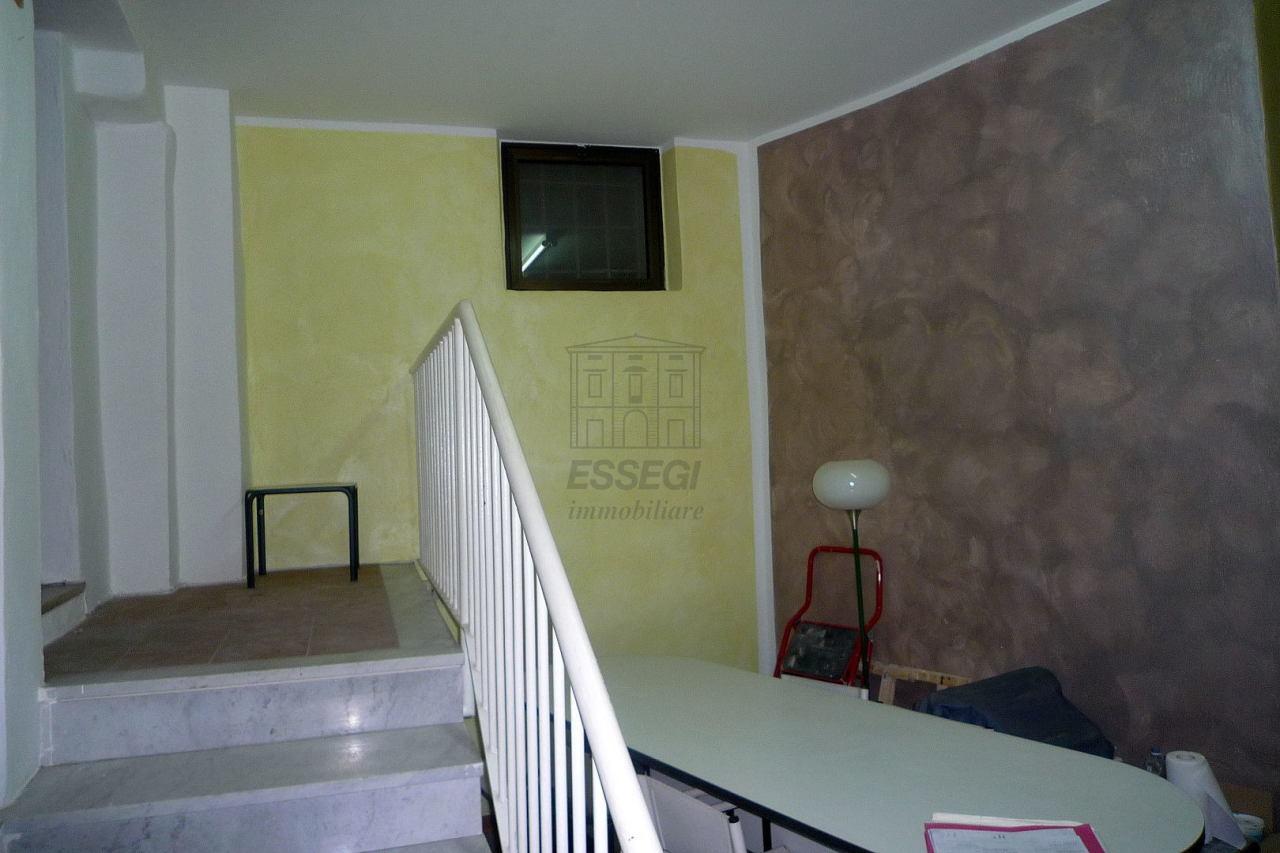 Appartamento Lucca Centro storico IA03461 img 12
