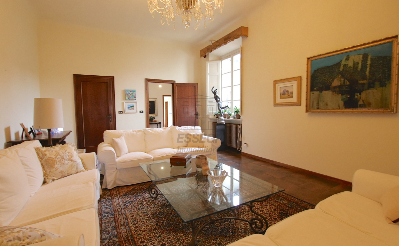 Appartamento Lucca Centro storico IA01181-bis img 9
