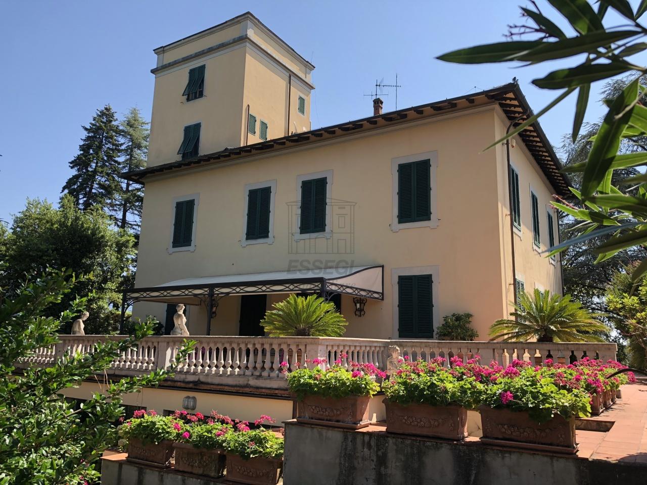 IA02592 Lucca