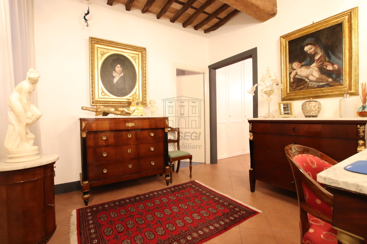 Appartamento Lucca Centro storico IA03524 img 12
