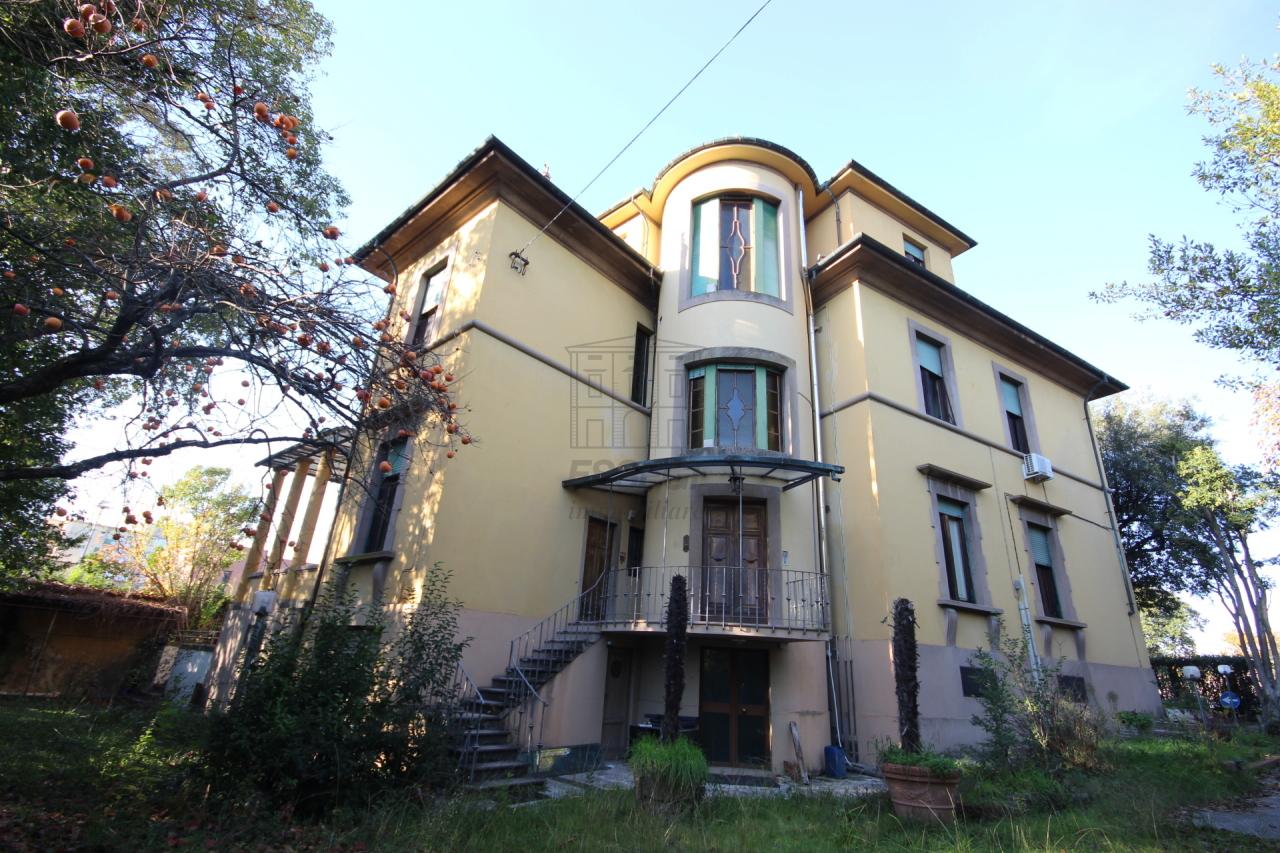 IA03056 Lucca