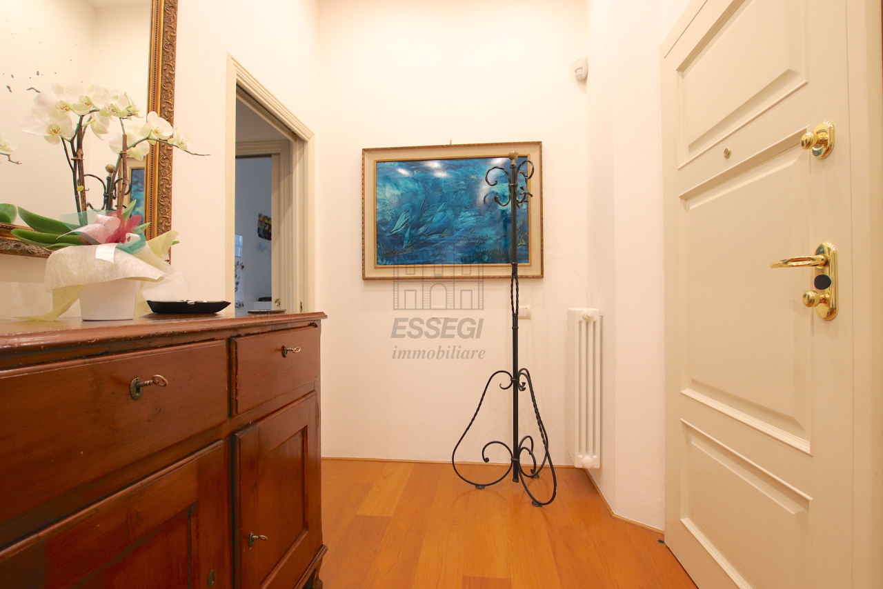 Appartamento Lucca Centro storico IA03474 img 33