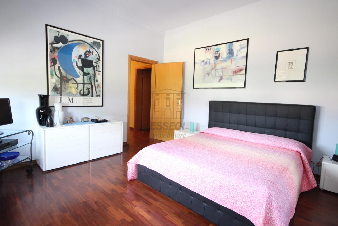 Villa divisa in due unità Capannori Lunata IA01745 img 19